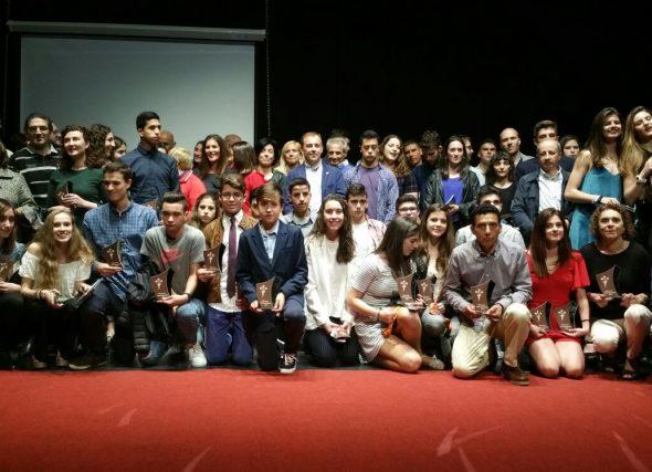 Relación de nominados/as e premiados/as na Gala do Atletismo Galego