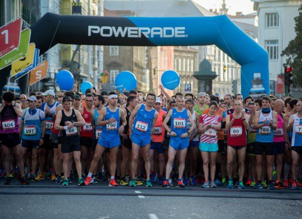 O maratón agarda polos seus campións/oas