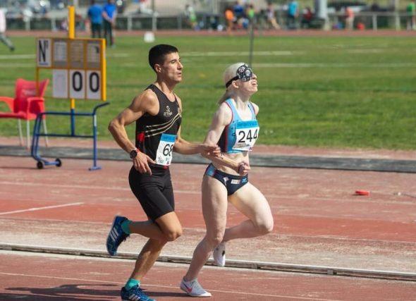 A pista e os lanzamentos foron os protagonistas en Pontevedra